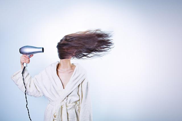 <Aceite de jojoba para el cabelllo.