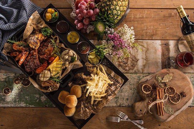 legumbres,pescado,carne,cereales alimentos ricos en hierro