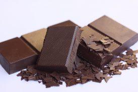 chocolate en polvo, con leche, blanco y negro