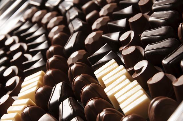 propiedades chocolate, en polvo, con leche, blanco y negro