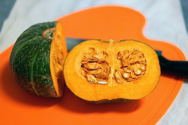 beneficios, como consumir semillas o pipas de calabaza