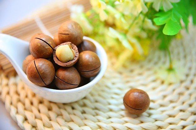 que tipos de vitaminas y minerales tienen las nueces tipos de nueces
